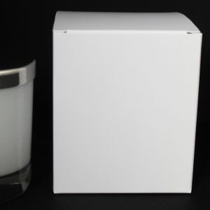 Traditional 30cl White candle box with envelope base.