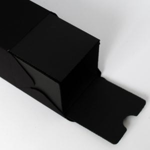 Corrugated insert in Black to fit our 200ml diffuser boxes.