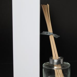 100ml White Reed Diffuser box with no window.